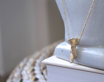 CRYSTAL GOLD NECKLACE