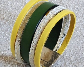 Yellow, green and glittery leather Cuff Bracelet yellow gold