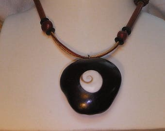 Leather necklace and natural materials inlay shiva eye - 1