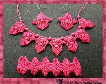 Pink Macrame Set
