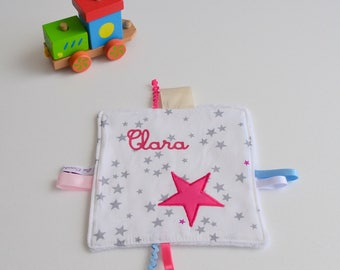 Tag blanket made hand stars grey white and Fuschia with name @lacouturebytitia