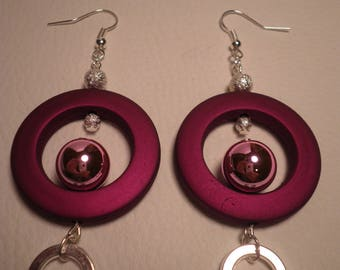 01722 - Earrings and silver tone rose ring