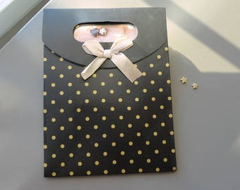 black and gold gift bag, black and gold gift box