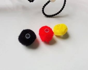 Set of 6 beads tassels comforters black - red - yellow