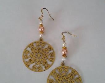 Hoop earrings with pink and white Swarovski pearls