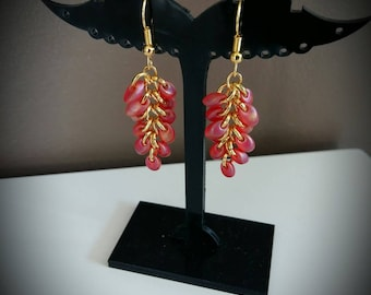 Magatama red gold cluster earrings