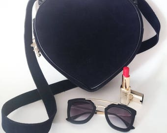Hand or shoulder bag dark blue heart and charms