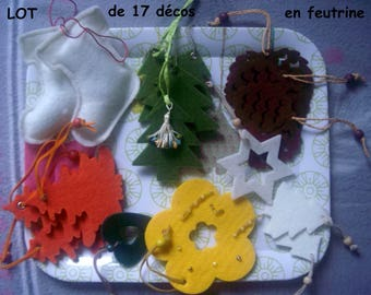 SET of 17 felt decorations