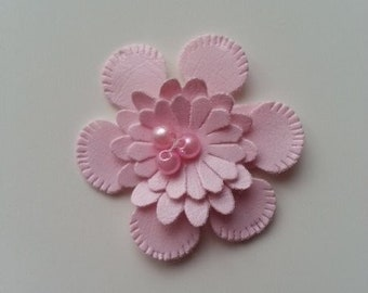 applique fleur en simili cuir rose  35mm
