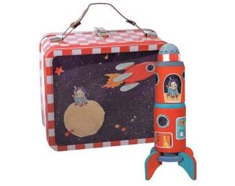 Kit peinture / Fusée en bois à assembler, à peindre et décorer / Kit créatif DIY enfant présenté dans une valise en métal