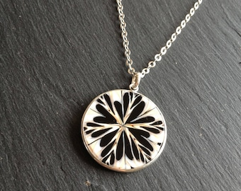 black and white shell slice long pendant necklace