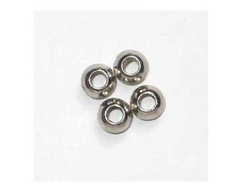 4 mini silver smooth saucers 5.5 mm MR124
