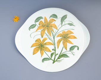 Cake plate / 1960s / ceramics / flowers / lilies / Edelkeramik Gruenstadt / vintage / tableware / Germany / mid century / modern kitchen