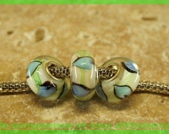 Has HQ539 European glass bead for bracelet necklace charms