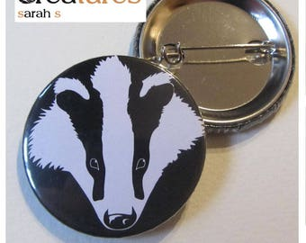 Head of Badger black-and-white 38mm badge