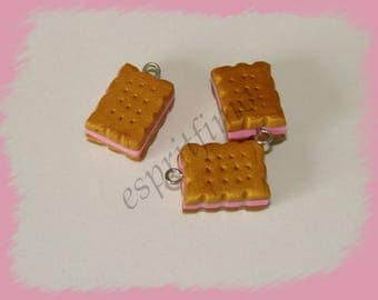 "Charm ""little biscuit cookie cutter"" Fimo"