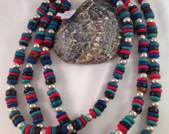 Necklace made of coconut beads and silver beads
