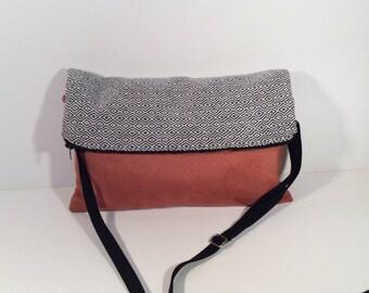 Pocket fold rust alcantara and jacquard