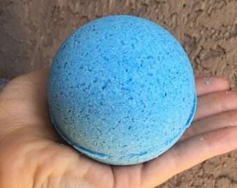 Set of 6 Blueberry Bath Bombs, large (10oz)