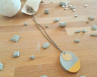 "Necklace pendant ""of gold concrete"""