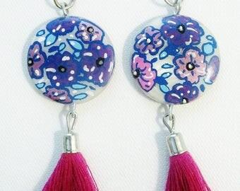 Mother of pearl earrings, pendants of Bohemian earrings, painted, Pompom, fuchsia, purple, pink.