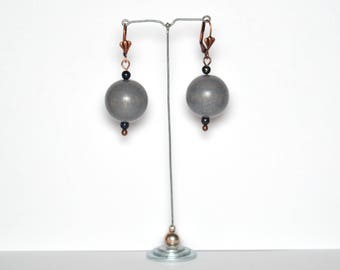 Lapis lazuli beads and Gray balls earrings