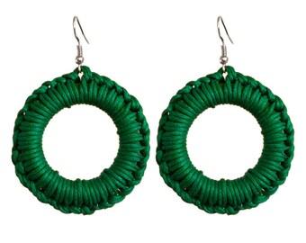 Women earrings green cotton macrame ring
