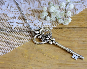 Key necklace, Vintage key necklace, Silver key necklace, Vintage silver necklace, Long vintage necklace, Long necklace, Key pendant necklace