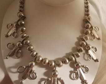 """Vintage Silver Tone Beaded Necklace with floral motif 16"""""""
