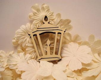 Lantern 1177 has clear 6 mm wooden