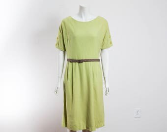 Vintage Wool Dress / Green Short Sleeve Skirt Dress with Belt