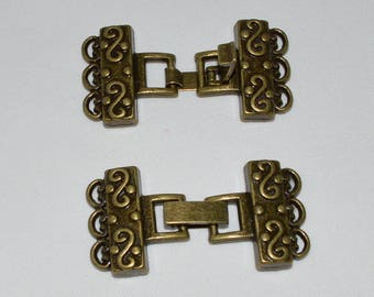 1 clasp multi row bracelet worked bronze antique 4.6cmX2.3cm