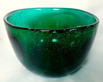 Norwey Mid-Century Modern Hadeland Large Green Art Glass Bowl Arne Jon Jutrem Design Greenland Series 50s