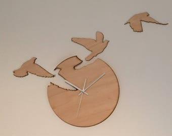 Clock free as a bird