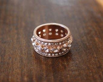 Vintage rose-gold tone metal and diamante ring
