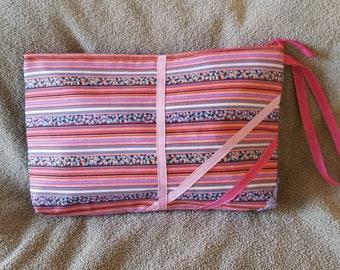 Pink clutch, 1 inside pocket