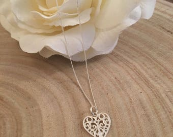 Sterling silver 925 marked filigree heart necklace with 18 inch chain