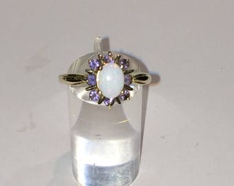 9ct gold tanzanite and opal ring