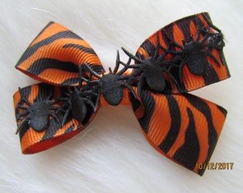 Orange and black hallowen girl bow