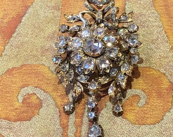Antique gold brooch with rose-cut diamonds, The Netherlands