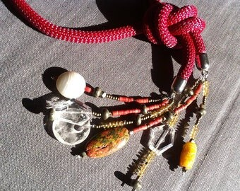 Strawberry color necklace with natural stone , collezione Les gris gris by FrancescaB
