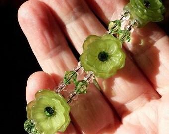 Green Jade Flowers Crystal Rhinestone Vintage Flower Bracelet Ornate Clasp