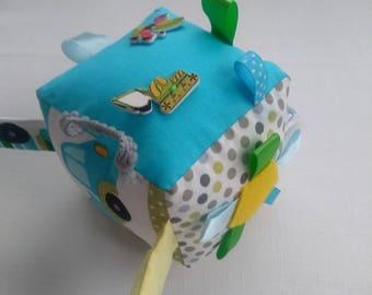 Baby sensory cube, activity toy, rattle block