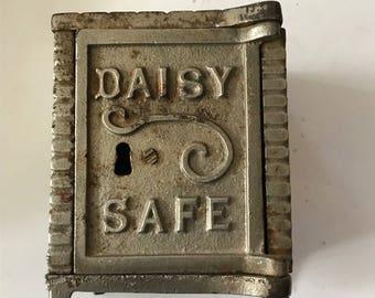 Cast Iron Daisy Safe Bank