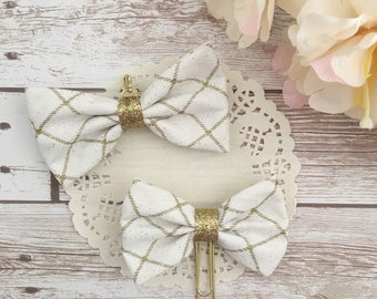 Gold planner bow