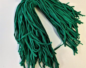 "Kelly Green Wool Strips for Rug Hooking Vintage Wool Supply 100 Strips 18"" Long Hand Cut"