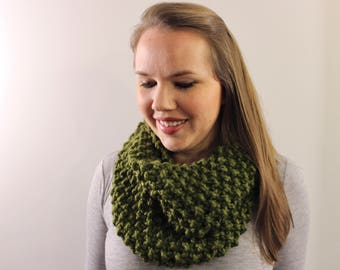 Knitted Infinity Scarf in Olive {Wool Scarf, Chunky Knit Scarf, Olive Green Scarf}