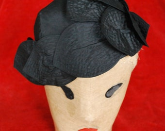 1930's hat by Peter Robinson Ltd.