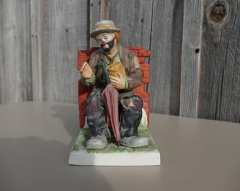 Emmett Kelly Jr. Figurine, Clown Statue, Emmett Kelly on a Bench, Flambro Emmett Kelly Jr. with Umbrella, Clown Single Bookend