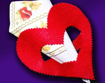 Heart Napkin Rings, Valentines tableware, Holiday Party Tableware, Wedding decorations